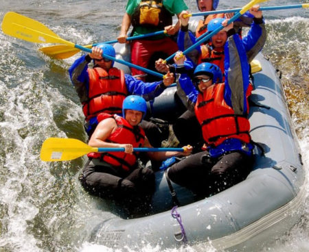 http://lostbeachtours.com/wp-content/uploads/2015/07/Costa-Rica-White-Water-Rafting-1440x5452-450x368.jpg