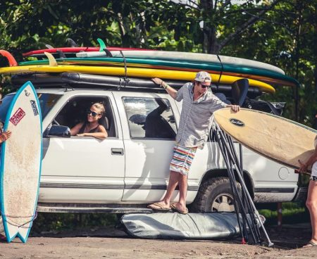 https://lostbeachtours.com/wp-content/uploads/2015/07/Jaco-Costa-Rica-surfing-surf-lessons1-450x368.jpg