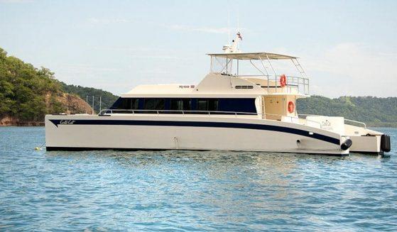 https://lostbeachtours.com/wp-content/uploads/2015/07/New-Boat-Tortuga-Island-3-e1511199539316-559x327.jpg