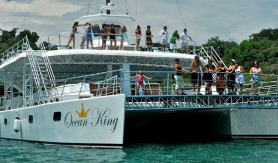 https://lostbeachtours.com/wp-content/uploads/2015/08/ocean-king-jaco-costarica-tours1-559x327.jpg