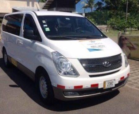https://lostbeachtours.com/wp-content/uploads/2015/08/transportation-jaco-costarica-450x263-1-450x368.jpg